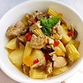 咖哩奶醬蔬菜燉雞5.jpg