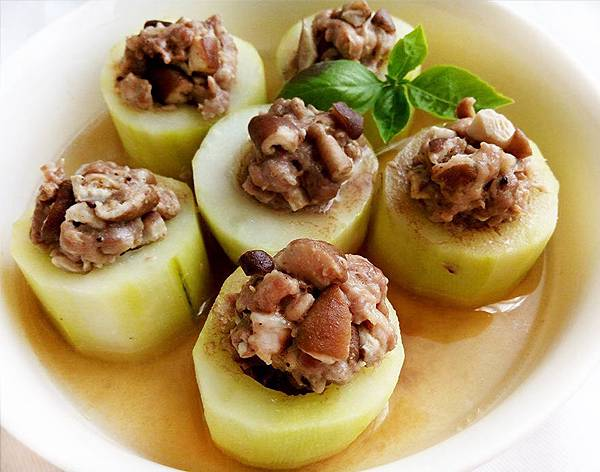 大黃瓜鑲肉-.jpg