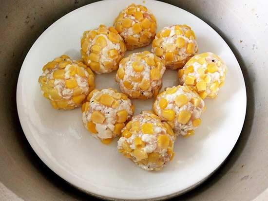 玉米豆腐雞肉丸4.jpg