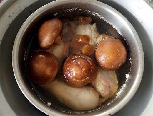 菜心香菇雞湯3.jpg