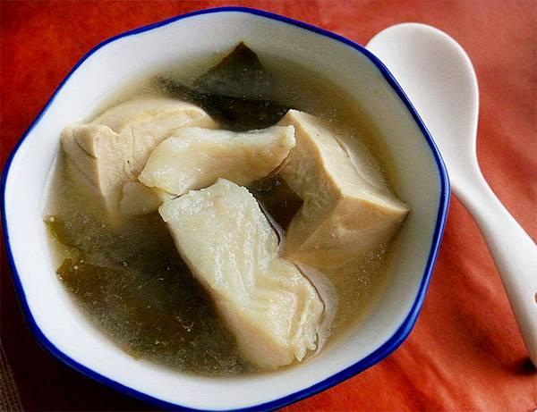 凍豆腐魚肉味噌湯.jpg