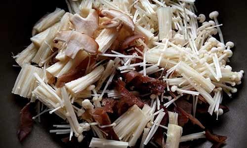 醬香菇菇豬2.jpg