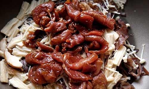 醬香菇菇豬3.jpg
