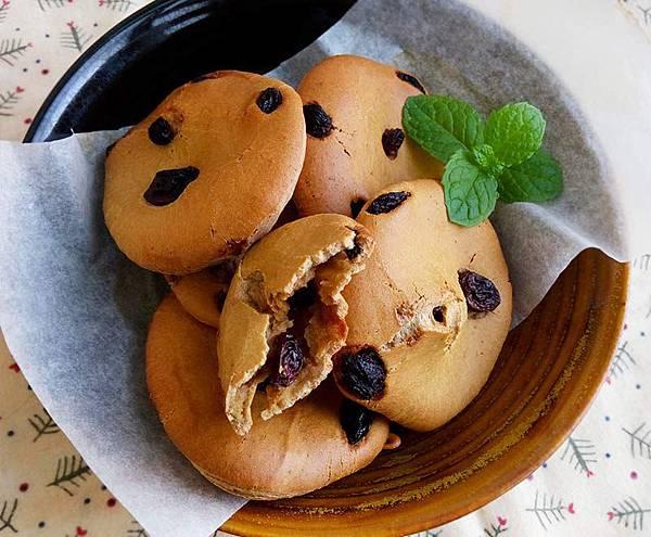 黑糖果乾麻糬麵包.jpg