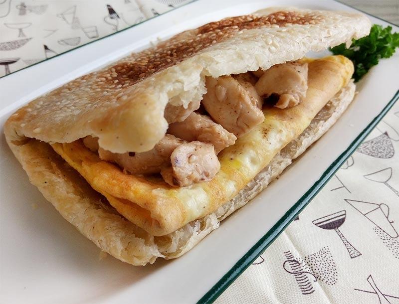 蘑菇雞肉蛋燒餅.jpg