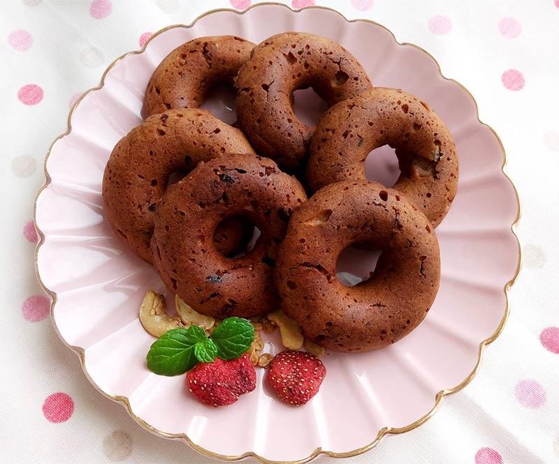 巧克力甜甜圈.jpg