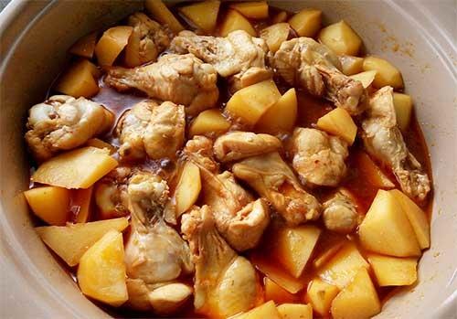 辣味馬鈴薯燒雞翅腿5.jpg