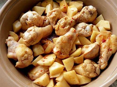 辣味馬鈴薯燒雞翅腿4.jpg