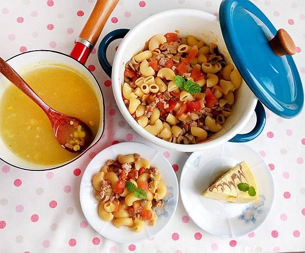 蘑菇番茄肉醬義大利麵.jpg