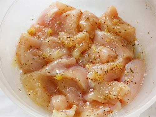 義式蒜香嫩煎雞丁3.jpg