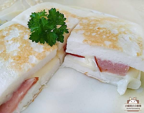 起司火腿鱈寶三明治--.jpg