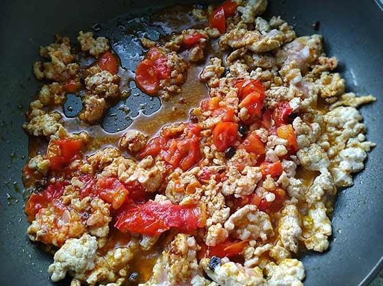 香辣番茄肉醬義大利麵3.jpg