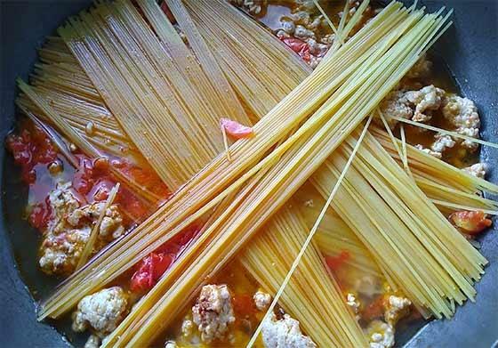 香辣番茄肉醬義大利麵4.jpg