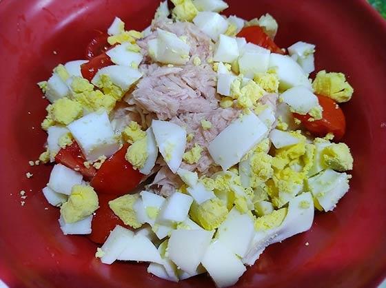 涼拌鮪魚蛋淺漬高麗菜4.jpg