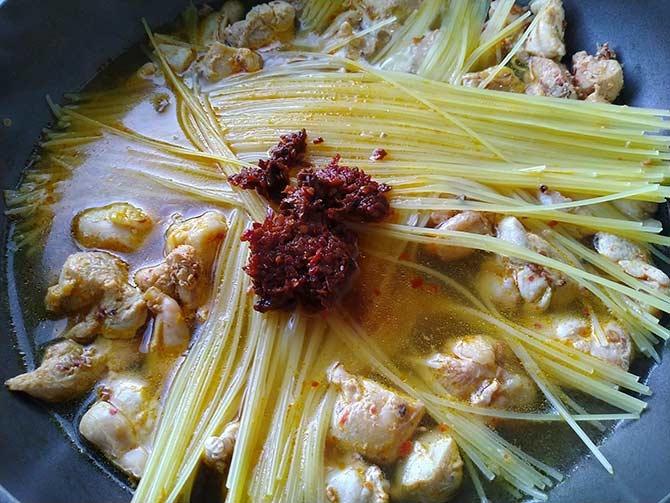 辣味雞肉義大利麵5.jpg