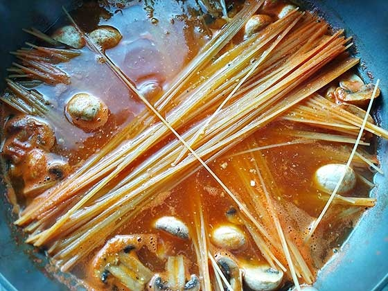 茄柚鮮蝦義大利麵3.jpg