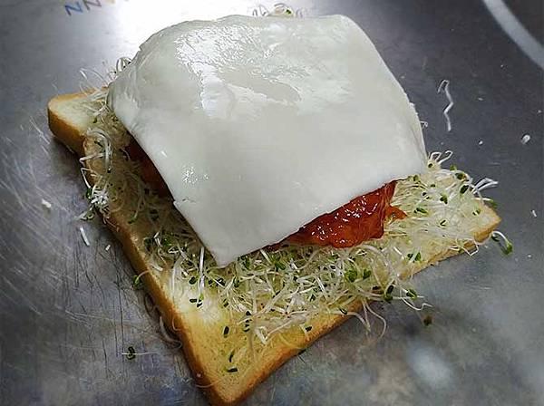 糖醋雞排三明治4.jpg