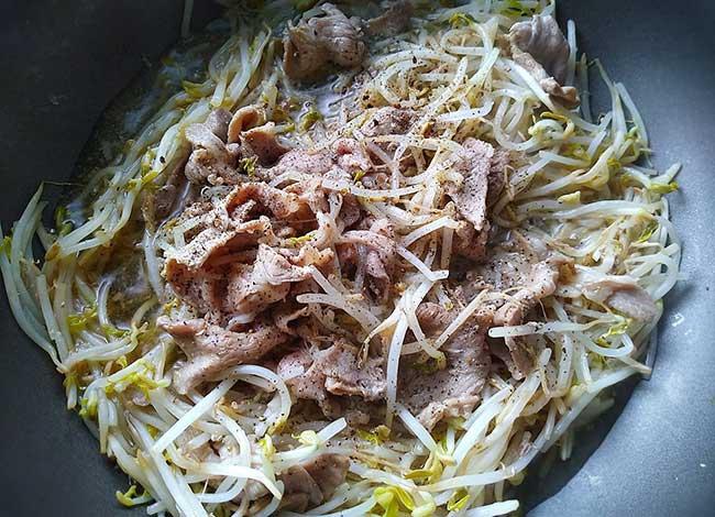 豆芽炒豬肉片4.jpg