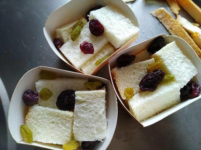 麵包布丁佐柚子糖霜2.jpg