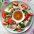 菇菇烤雞丁佐柚香油醋醬.jpg