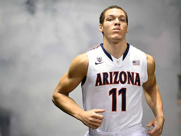 4-freakish-gifs-of-aaron-gordon-the-arizona-freshman-who-everyone-is-comparing-to-blake-griffin.jpg
