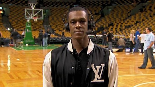 Postgame-Rajon-Rondo-talks-with-the-Game-Time-crew-about-Game-5-rajon-rondo-12988325-1424-803.jpg