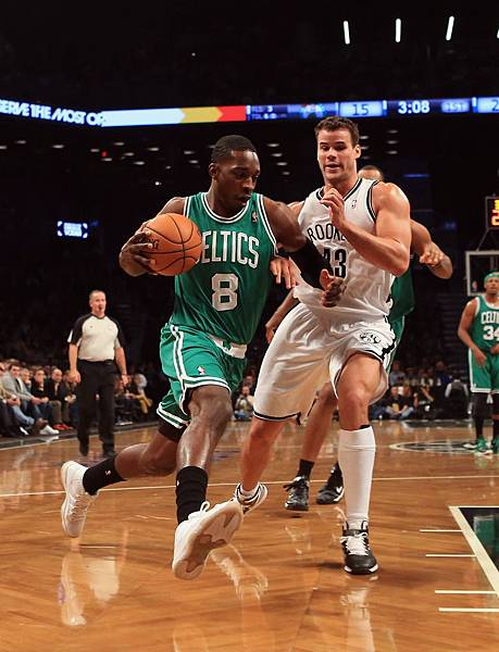 boston-celtics-v-brooklyn-nets-20121115-175023-175.jpg