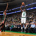 hi-res-453352711-jeff-green-of-the-boston-celtics-shoots-against-the_crop_exact.jpg