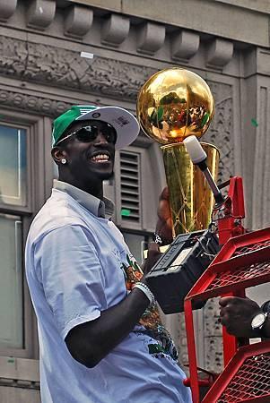 Celtics_Rolling_Rally.jpg