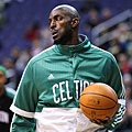 Kevin_Garnett_in_Green.jpg