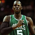 kevin-garnett-chest-Boston-Celtics-Photo.jpg