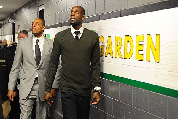 kg-pierce-return-boston111.jpg