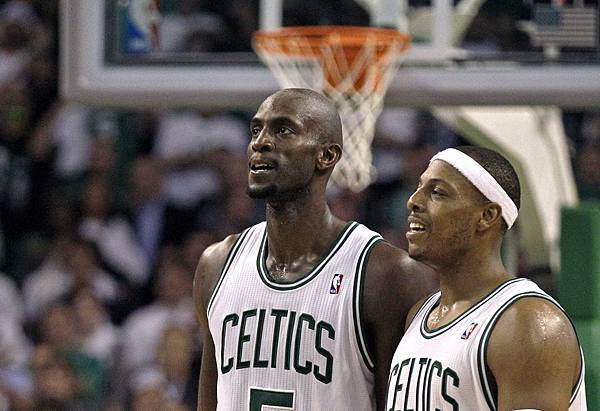 o-kevin-garnett-paul-pierce.jpg