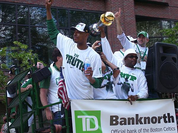 Paul_Pierce_Boston_Parade.jpg