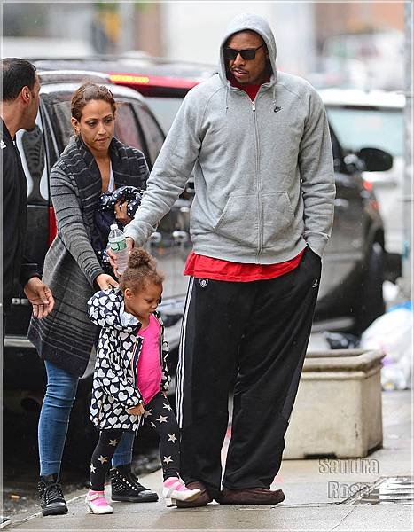 Paul-Pierce-and-fam-SPL.jpg