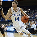 hi-res-187808297-zach-lavine-of-the-ucla-bruins-drives-to-the-basket_crop_exact.jpg
