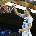 hi-res-456601269-zach-lavine-of-the-ucla-bruins-dunks-in-front-of-wanaah_crop_exact.jpg