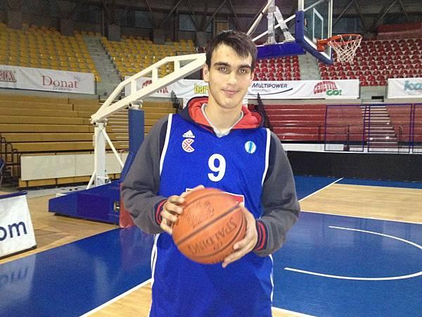 Dario-Saric-Cibona-02.jpg