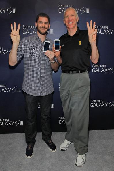 Kevin+Love+Bill+Walton+Samsung+Galaxy+III+BZGKZDfoSsKl.jpg