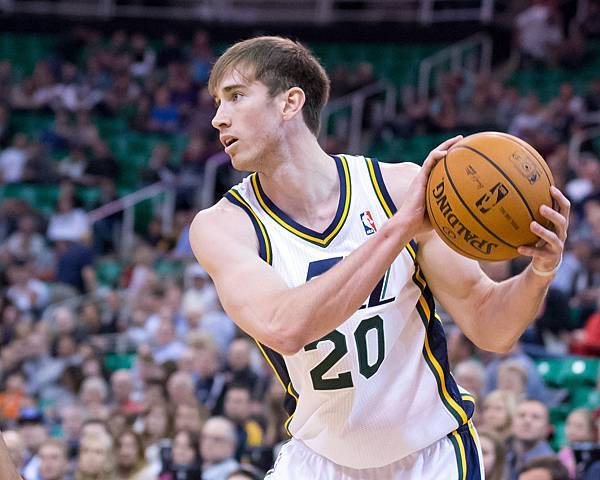 gordon_hayward_20_large.jpg