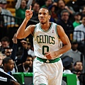 hi-res-457404521-avery-bradley-of-the-boston-celtics-celebrates-a-play_crop_exact.jpg