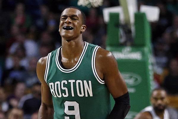 Boston-Celtics-guard-Rajon-Ron_54418705591_54115221152_960_640.jpg