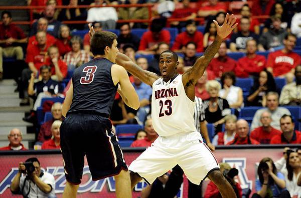Rondae_Hollis-Jefferson_UofA_Basketball.jpg