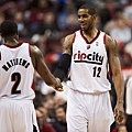 lamarcus_aldridge_54_large.jpg