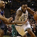 celtics_hornets_james_young_010514.jpg