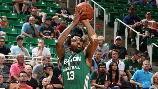 James-Young-SUmmer-League.jpg