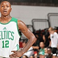 071815-NBA-celtics-rozier-looks-on-ahn-PI.vresize.1200.675.high.25.jpg