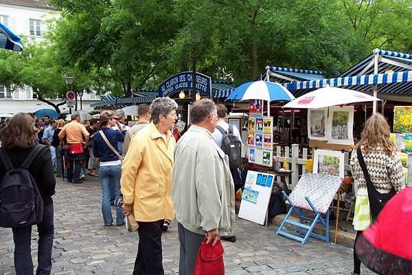 蒙馬特     Place du tertre  O.S