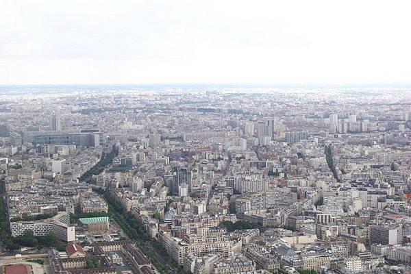 從艾菲爾看巴黎