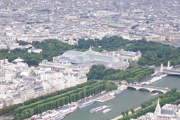 從艾菲爾看巴黎  O.S